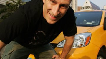 Ben Bailey Cash Cab Close Up